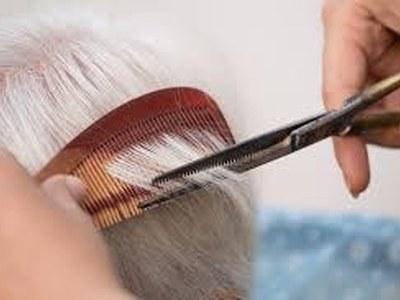 Aixecament de la suspensció de l'experiden t de la contractació del servei de perruqueria per la Residència Mas Vell