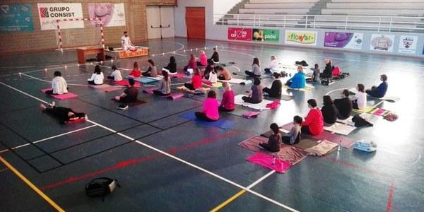 Sessió de ioga que es va fer l'any passat (DMAF 2019)