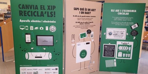 """Exposició """"Canvia el xip, reciclal's"""""""