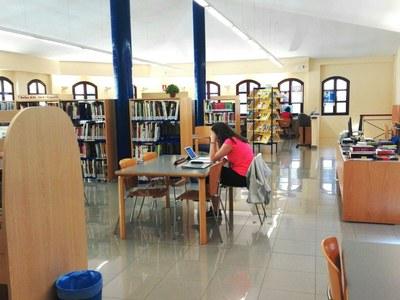 Canvi d'horari a la biblioteca