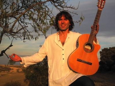Concert amb el cantautor Xavier Mayora