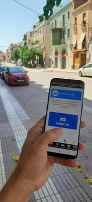 L'Ajuntament dissenya una versió  digital del rellotge de control d'aparcament