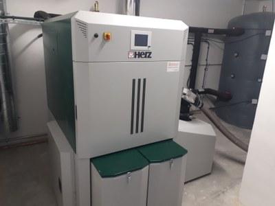 La caldera de biomassa del Casal Agramuntí ja està instal·lada