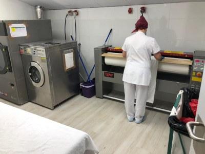 La Residència Mas Vell recupera el servei de neteja i bugaderia