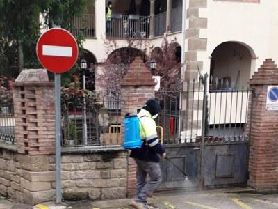L'Ajuntament neteja amb desinfectant els carrers d'Agramunt i dels pobles del municipi
