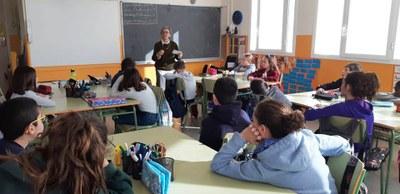 Taller de narrativa a l'escola Macià-Companys amb Carme Ripoll