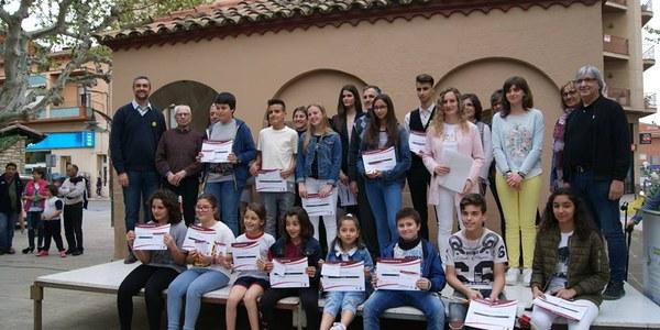 Foto de grup dels premiats del Certamen Literari Sant Jordi (2018)