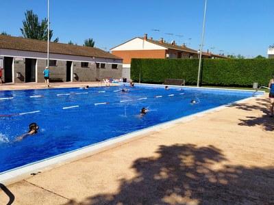 Primer dia de cursets de natació